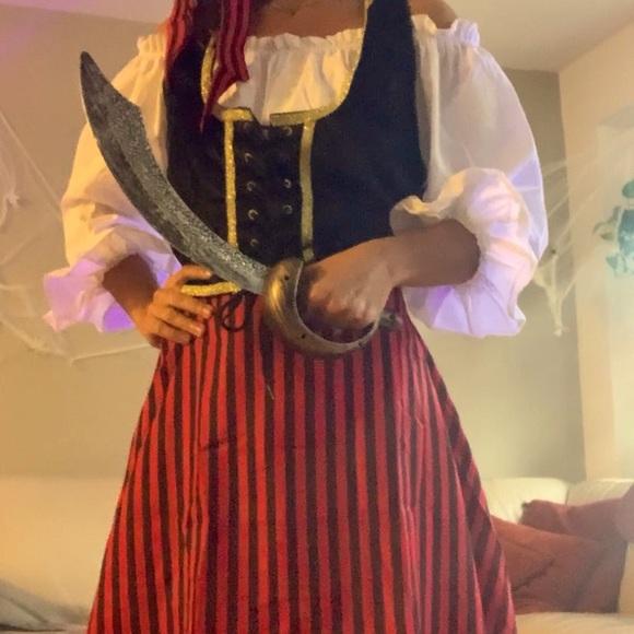 Pirates- couple's costume
